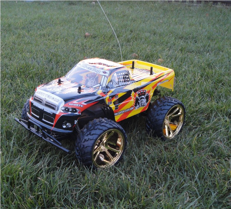 rc monster truck 1 10 mit gro en r dern ready to run rtr. Black Bedroom Furniture Sets. Home Design Ideas