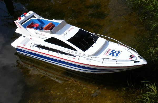 RC Boot Luxus Yacht Fernsteuerung 73 cm Speedboot