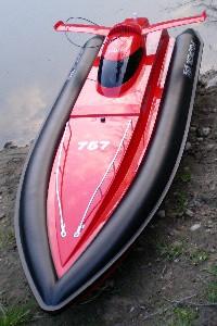 RC SpeedBoot 81cm 2x 380er Motoren 2,4 GHZ Lipo Akku Rennboot